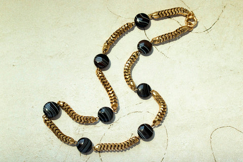 Late Victorian Banded Agate Chain Necklace