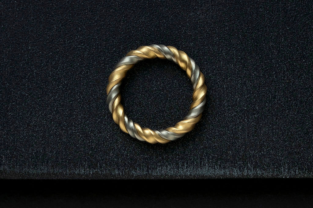 Leen Heyne Bicolor Gold Ring