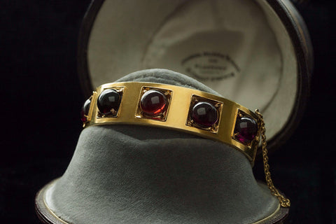 Victorian Garnet Cabochon Gold Bangle