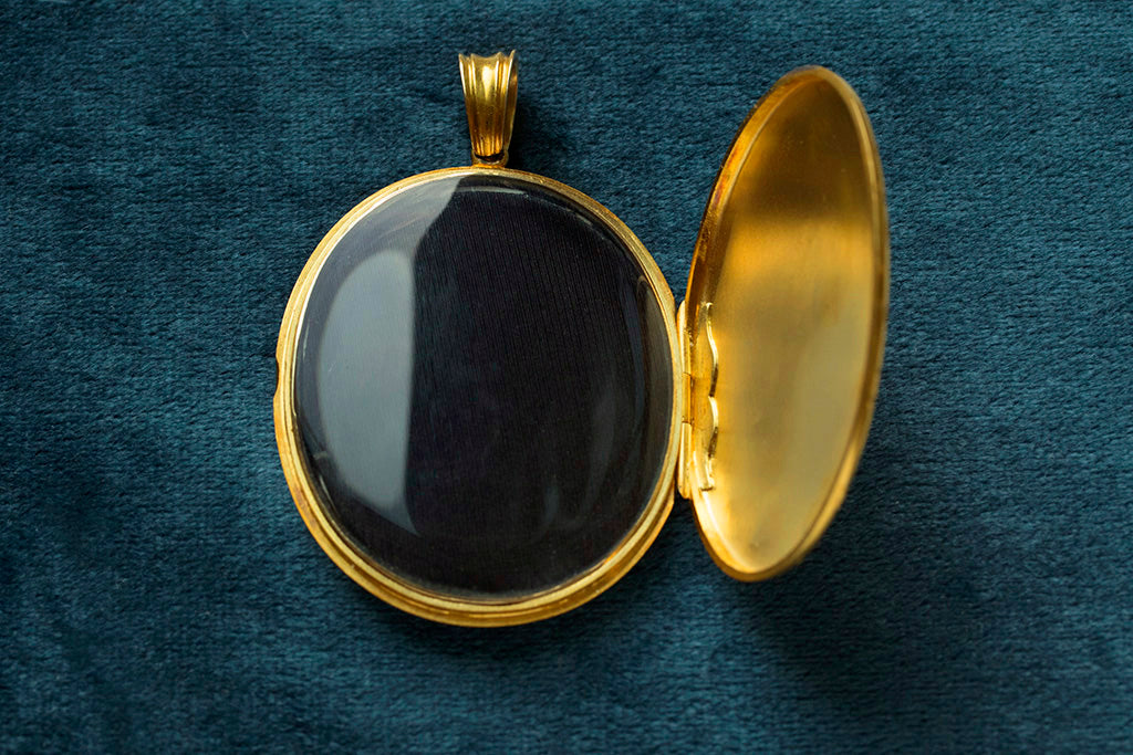Extra Large Victorian Engraved Gold Locket