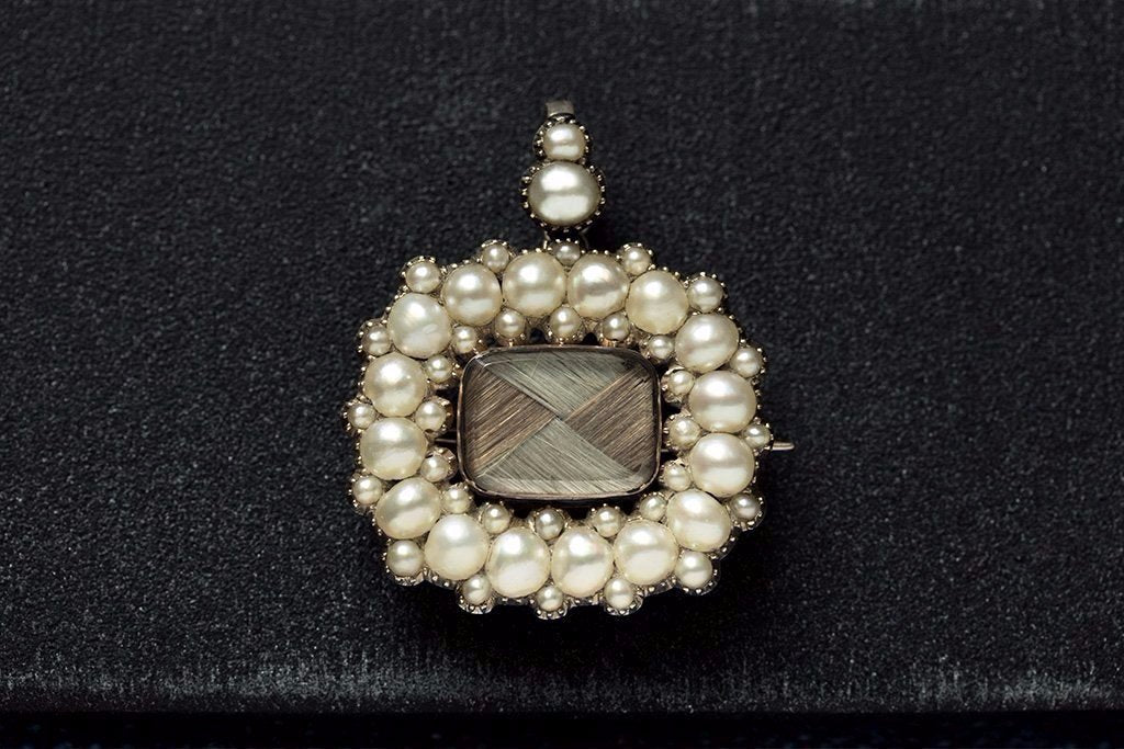 Georgian Pearl Mourning Pendant