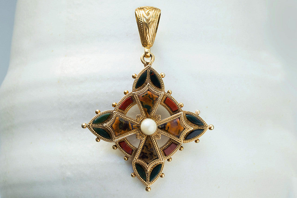 Laelius antiques victorian agate and pearl scottish pendant victorian agate and pearl scottish pendant aloadofball Image collections