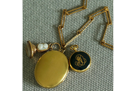 Mid-Victorian Plain Gold Locket