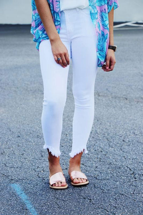 white skinny jeans for hourglass figures