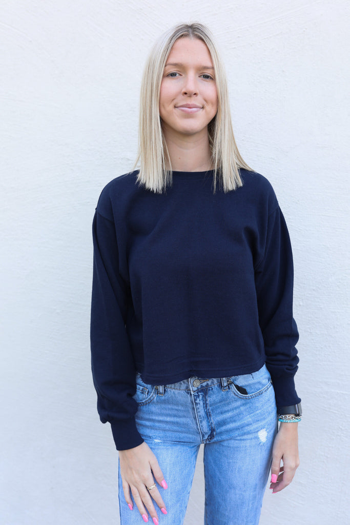 Aspen Basic Cropped Sweatshirt