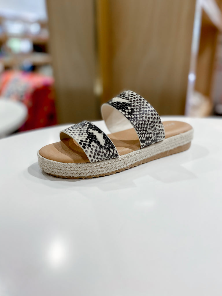 Double Band Flat Espadrilles