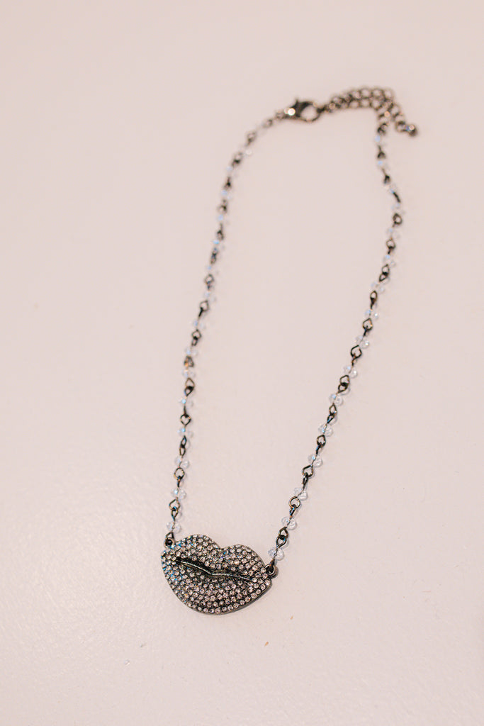 Glass Bead Link Crystal Lip Necklace