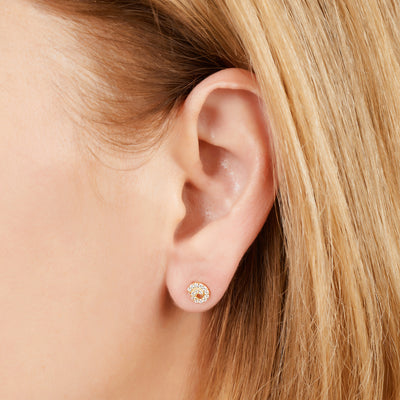 Whirl gold vermeil stud earring