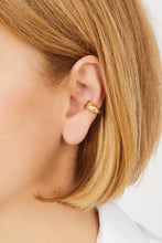 Load image into Gallery viewer, Cosmos gold vermeil ear cuff