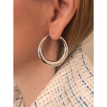 Load image into Gallery viewer, Ellie silver hoops