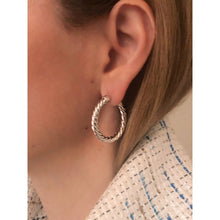 Load image into Gallery viewer, Nina 3 cm silver hoops