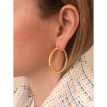 Load image into Gallery viewer, Nina 4 cm gold vermeil hoops