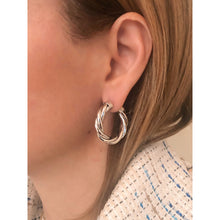 Load image into Gallery viewer, Tina 3 cm silver hoops