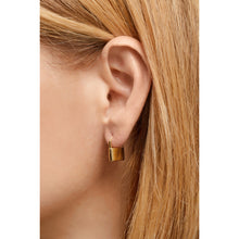 Load image into Gallery viewer, Padlock gold vermeil earring
