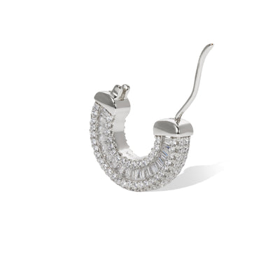 Ada sterling silver earring