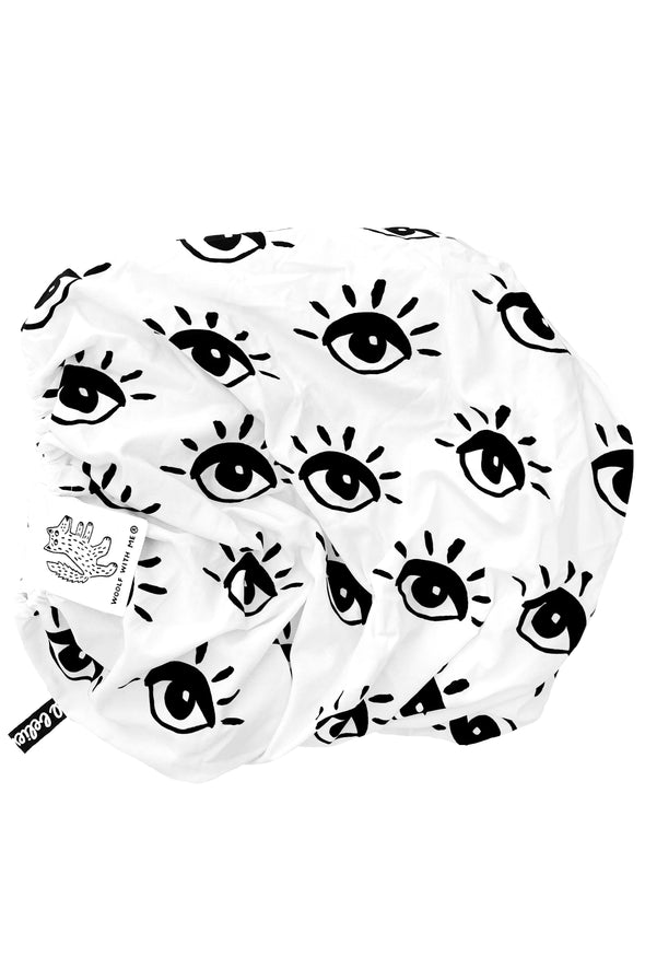 Woolf With Me Fitted Crib Sheet Eye color_white