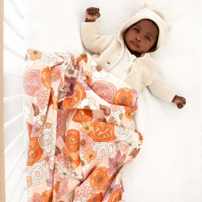 Woolf With Me Organic Swaddle Blanket Groovy Floral color_pale-blush