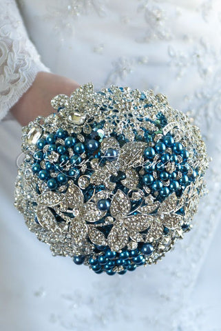 Blue Eyes Crystal Silver Brooch Bouquet