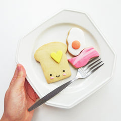 @vickiee_yo Fried Egg Cookie Cutter