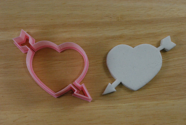 Arrow in Heart Love Cookie Cutter