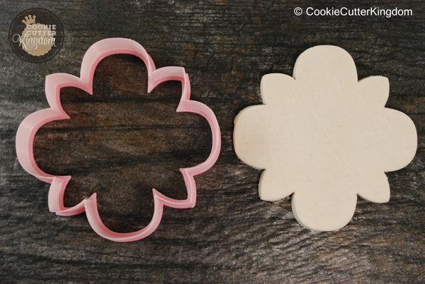 The Bloom Plaque Cookie Cutter