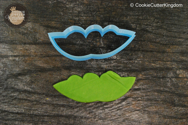 Peas in a Pod Vegetable Cookie Cutter