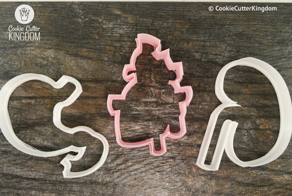 Kidney, heart, and stomach cookie cutter set.