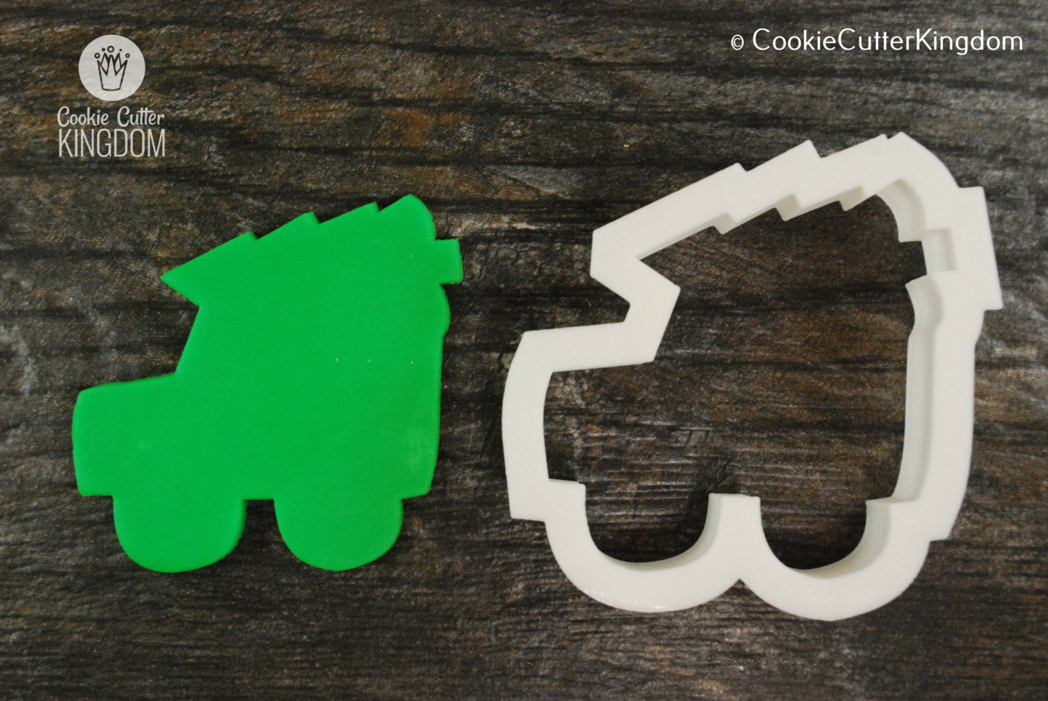 Christmas Jeep.Jeep Carrying Christmas Tree Cookie Cutter