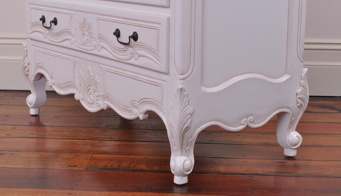 French Provincial Rococo Baraque And Victorian Style