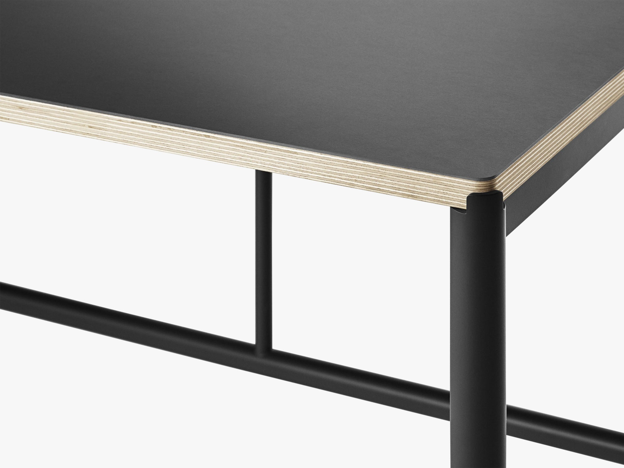 Mies Dining Table M1, Black/Black Linoleum Ply fra MILLION