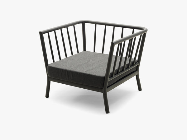 Tradition Lounge Chair, Charcoal fra SKAGERAK