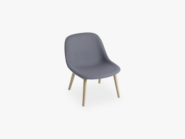 Fiber Lounge Chair - Wood Base, Divina 154 fra Muuto
