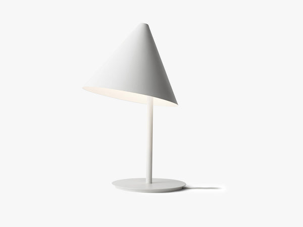 Conic Table Lampe fra Menu