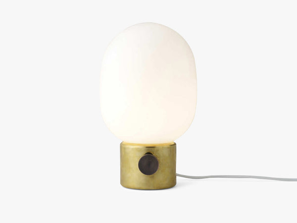 JWDA Table Lamp, Metallic Brass fra Menu