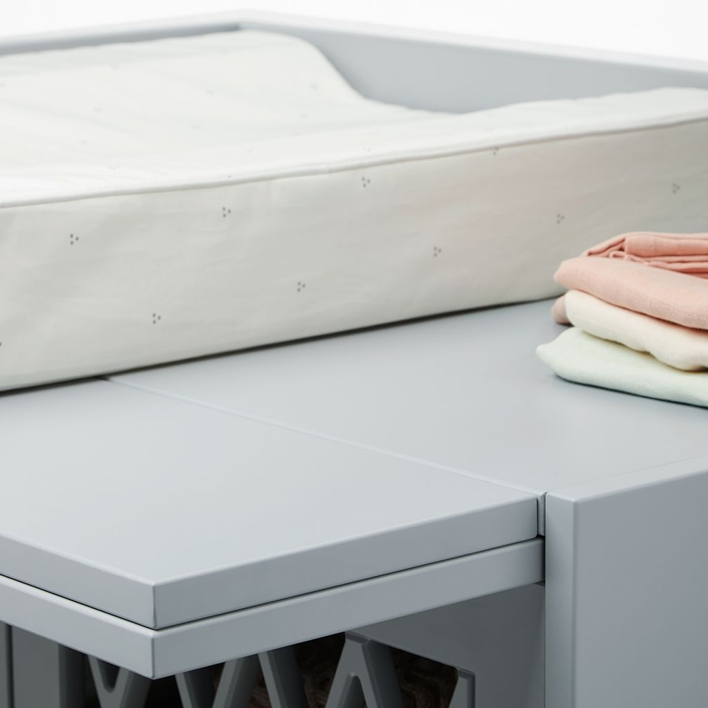 Harlequin Changing Table, Grey fra Cam Cam Copenhagen