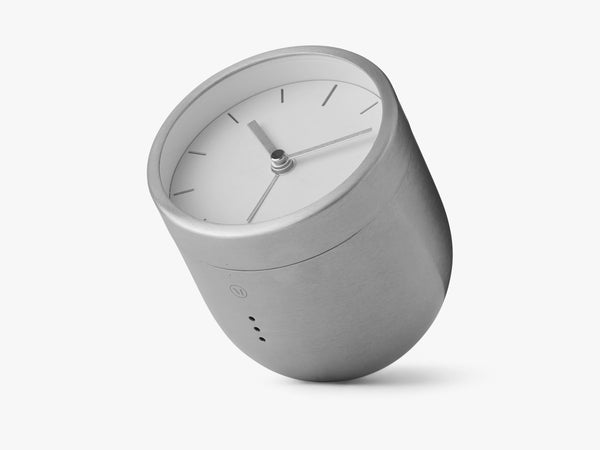 Norm Tumbler Alarm Clock - Brushed Steel fra Menu