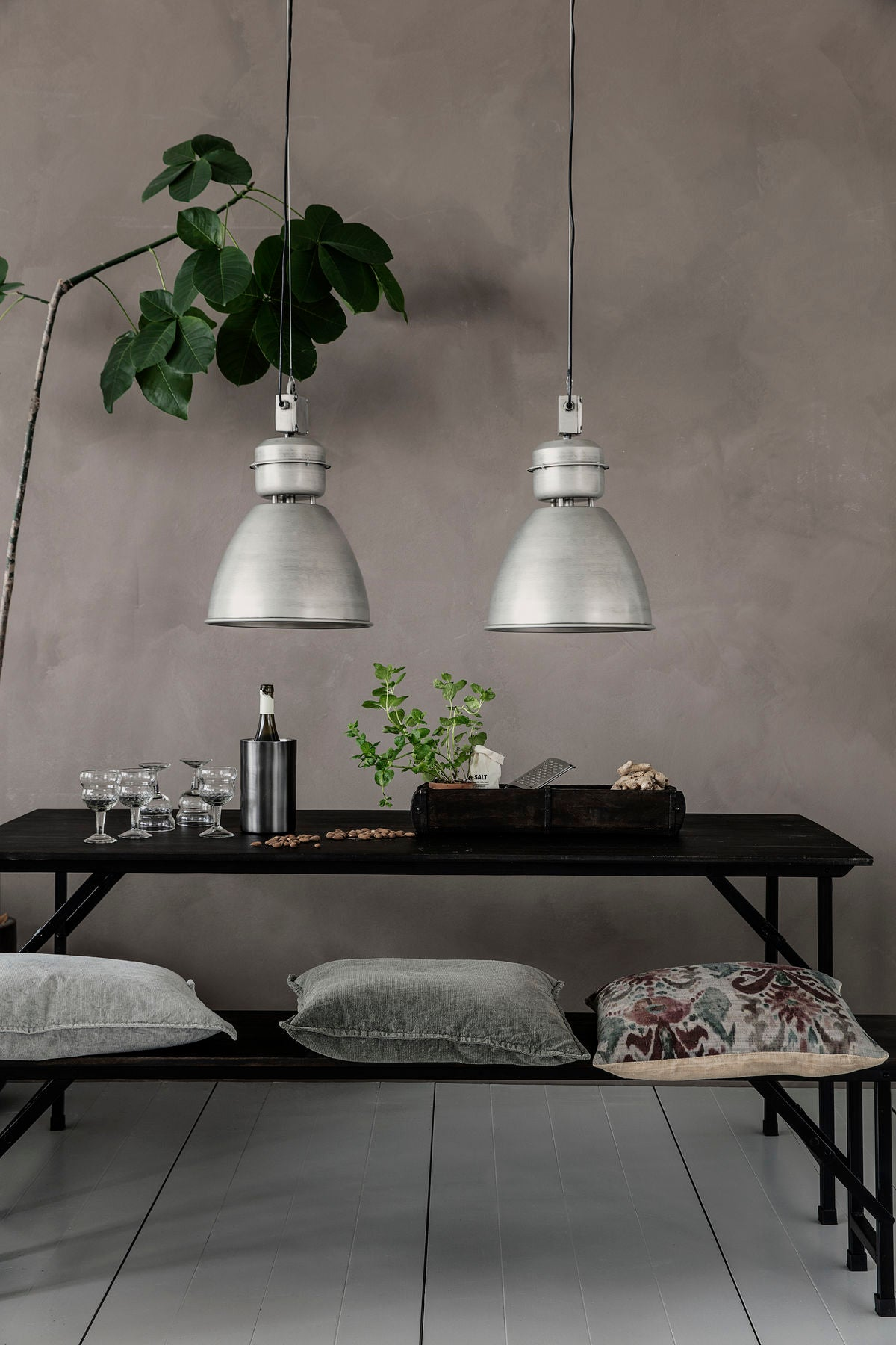 Lampe Volumen, Gunmetal fra House Doctor