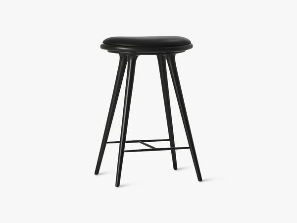 High Stool H69, Black Stained Beech fra Mater