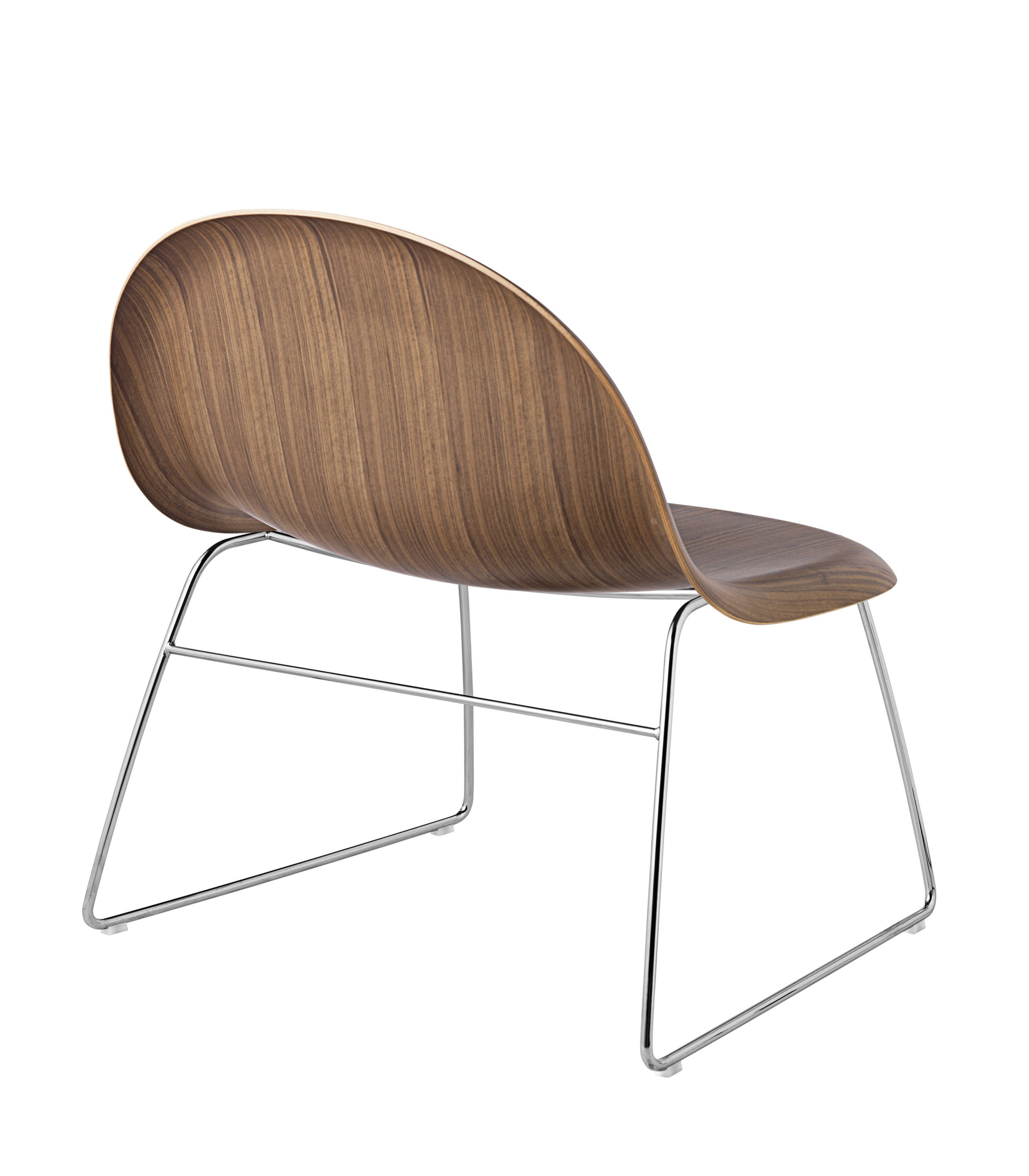3D Lounge Chair - Un-upholstered Sledge Crome base, American Walnut shell fra GUBI