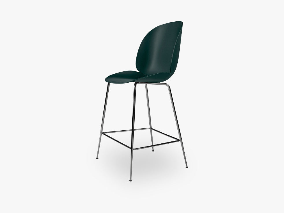 Beetle Counter Chair - Un-upholstered - 64 cm Conic Black Chrome base, Green shell fra GUBI