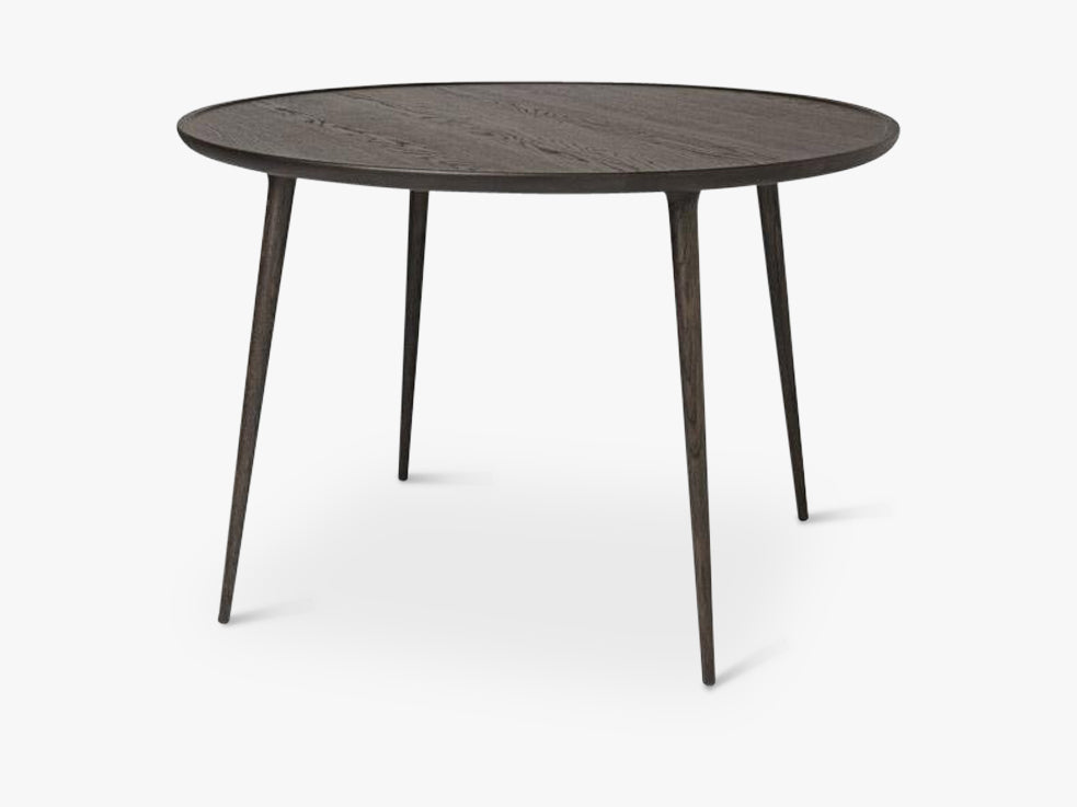 Accent Dining Table Ø: 110, Sirka Grey Stained Oak fra Mater