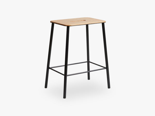 Adam Stool H50, Matt Black fra FRAMA