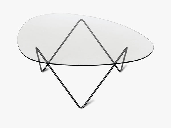Pedrera Coffee Table, Black Base fra GUBI
