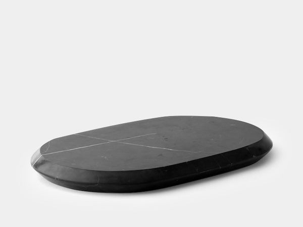 Chamfer Serving Board, L, Marble fra Menu