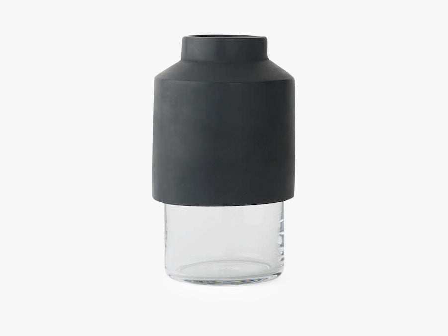 Willmann Vase Dark Grey fra Menu