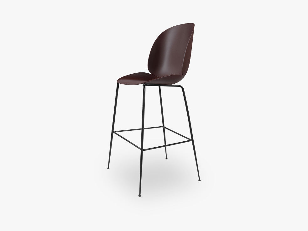 Beetle Bar Chair - Un-upholstered - 74 cm Conic Black base, Dark Pink shell fra GUBI