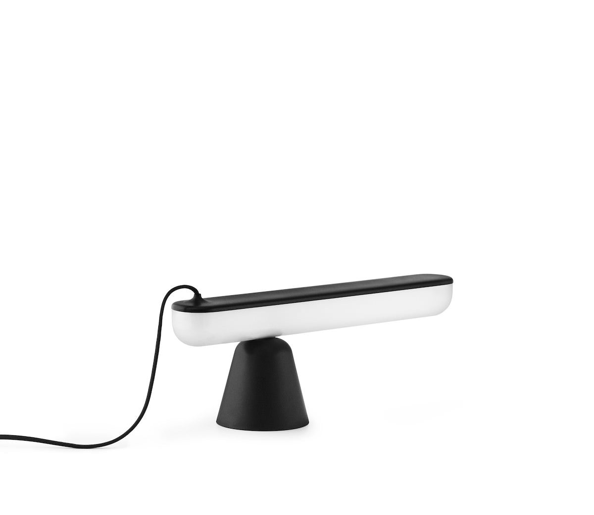 Acrobat Table Lamp, Black fra Normann Copenhagen