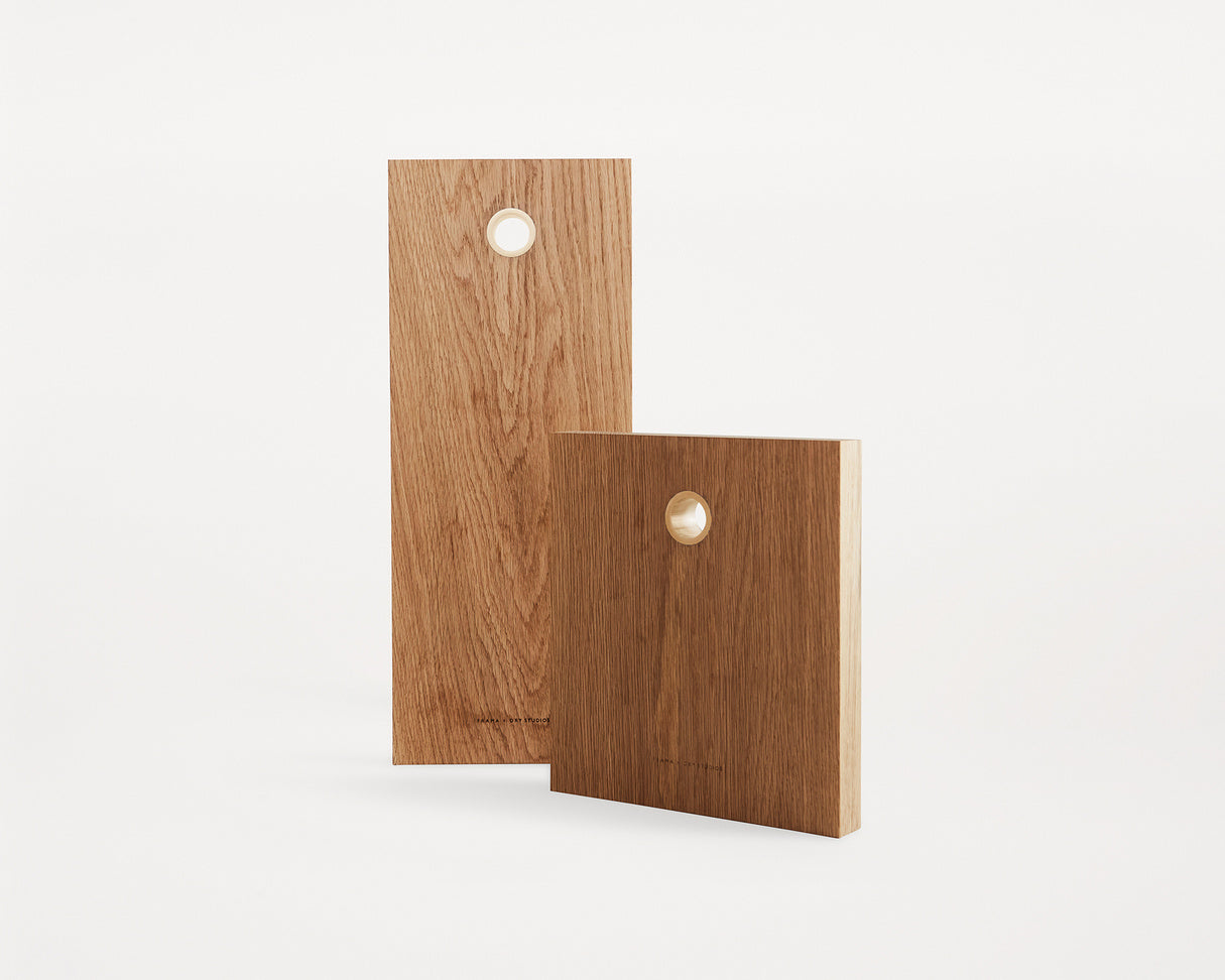 Cutting Board, Size 1 - Oak/Brass fra FRAMA