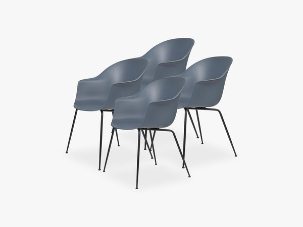Bat Dining Chair 4 pcs - Conic Black Matt Base, Smoke Blue fra GUBI