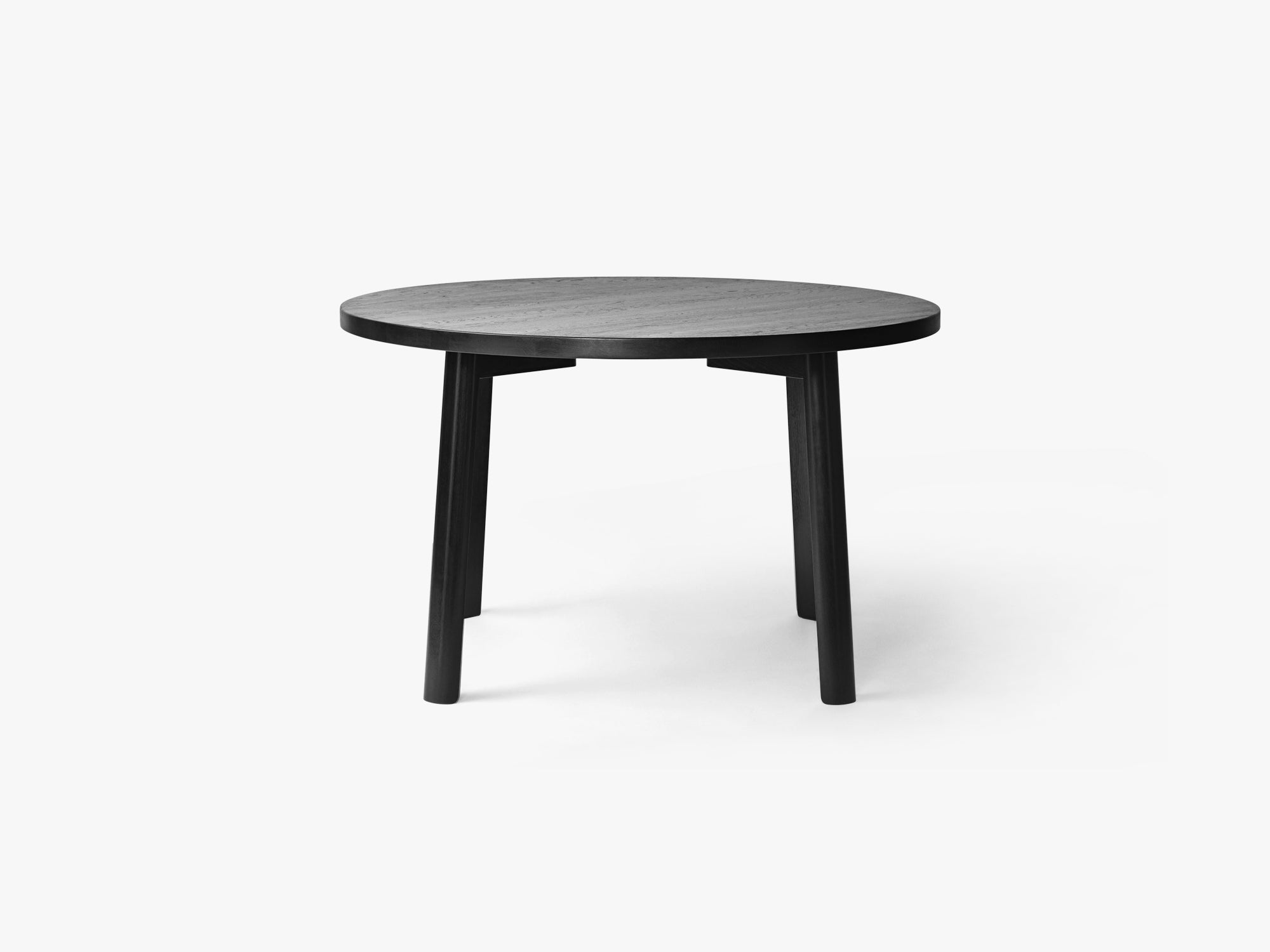Ease Dining Table Ø120, H73 Oak Black fra MILLION
